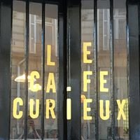 Le Café Curieux