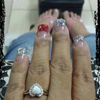 Glamour Touch Nails