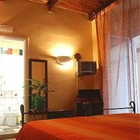 Bed and Breakfast Naples Italy Conte Cavour