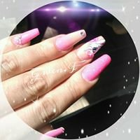Gwen.F styliste ongulaire/nail artiste