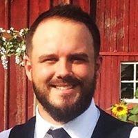 Wedding Officiant Tyler Bynum