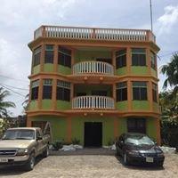 Chaleanor Hotel