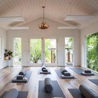 Hothut Yoga