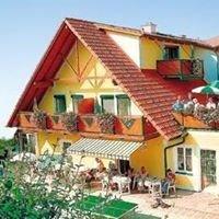 Thermenhof Puchas PLUS Loipersdorf