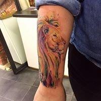 Retro tattoo parlour