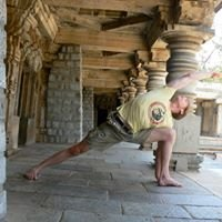Traditional Morning Mysore program with Chris Conn