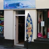 Drop in the ocean surf