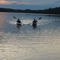 Water's Edge Canoe & Kayak Rentals