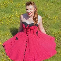 Scottish Pin Up vintage and rockabilly hairstyling