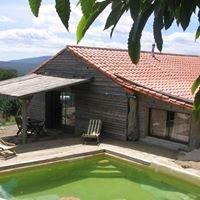 Maison écologique : bois, pierre et verre