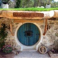 Hobbit la tanière de Bilbo / Cabânes du Varon à Flayosc