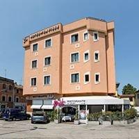 Hotel de la Ville Fano- Ristorante La Liscia da Mr. Ori