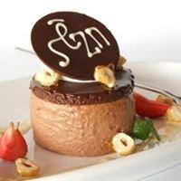 Sezn Restaurant and Bar