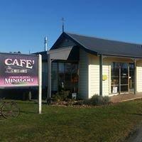 Cafe Mes Amis - Orari Cafe and Mini Golf