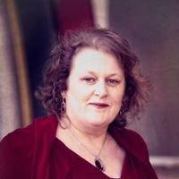 Arohanui - New Zealand Love Specialist Leesa Ellis