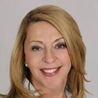 Lori Gaul, Broker at John Greene Realtor