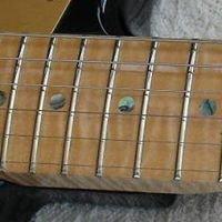 Rockfield Guitar Engineering