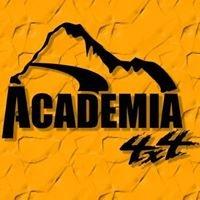 Academia 4x4