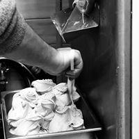 "Gelateria yogurteria "" la Vecchia Latteria """