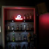 "Newt's ""4th Room Saloon"""