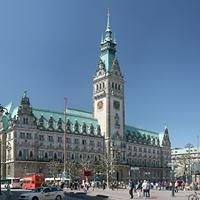 Rathausmarkt - Hamburg Bekennt Farbe