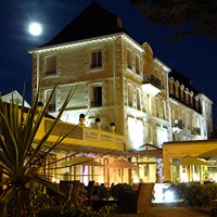 Grand Hotel de Courtoisville & Spa