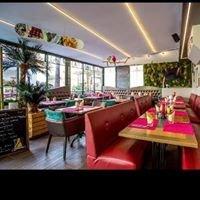 Globe Trotter's Café Saint Raphael