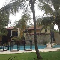 Rhino Resort