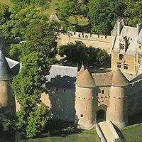 Château Замок  Ainay-Le-Vieil Эне-ле-Вьей