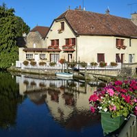 Mirebeau-sur-Bèze