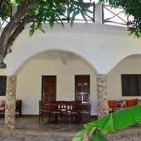 Mimi na Rangi House Kenya