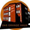 Das orange Haus-Oberflächenbearbeitung