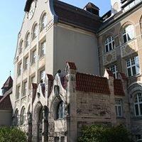 Heiligkreuz-Mittelschule