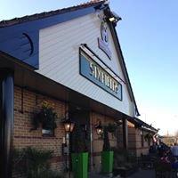 Sixfields Tavern