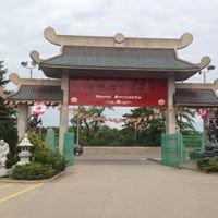 Ten Thousands Buddahs Temple