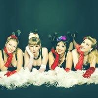 Dixie Dynamite's Munich School Of Burlesque