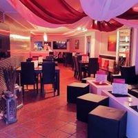 Shishantique - Café & Bar