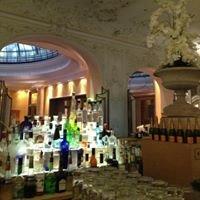 Bayerischer Hof, Falk's Bar
