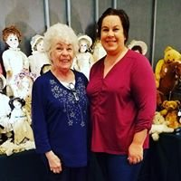 McHugh's Dolls, Toys & Estates