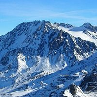 Les Aiguilles de Peclet (3200m)