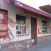 Tanzwirtschaft Kaffee Burger