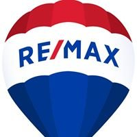 Cynthia Stauch at REMAX Lake of the Ozarks