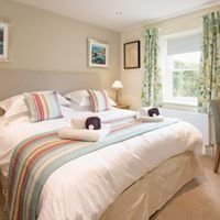 Village Farm Holiday Accommodation and Spa