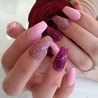 Daisey's Nails and Beauty