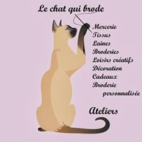 Le chat qui brode