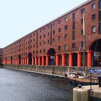 Circo Albert Dock Liverpool