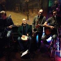 Horseshoe Cafe' Acoustic Mondays Open Mic