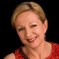 Mary Colwell - 8z Real Estate