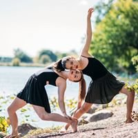 Kenwood School of Ballet and ITwirl Dance Programs