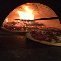 900 Degrees Wood-Fired Pizza Eatery